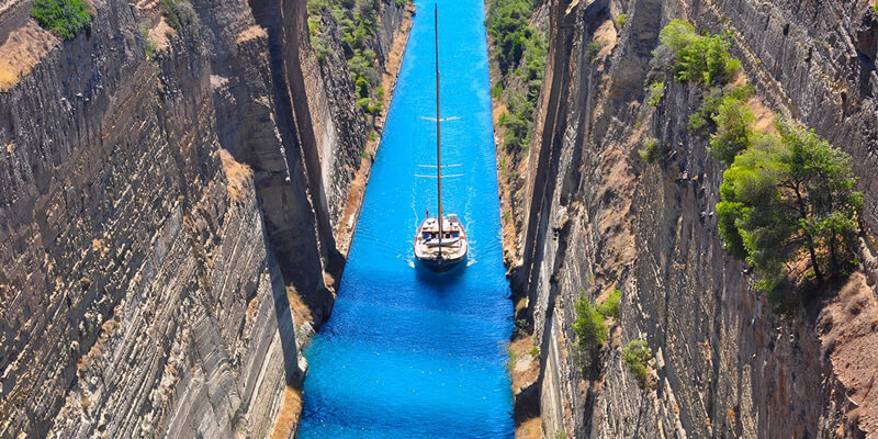 Private Tour in Luxurious Ancient Corinth